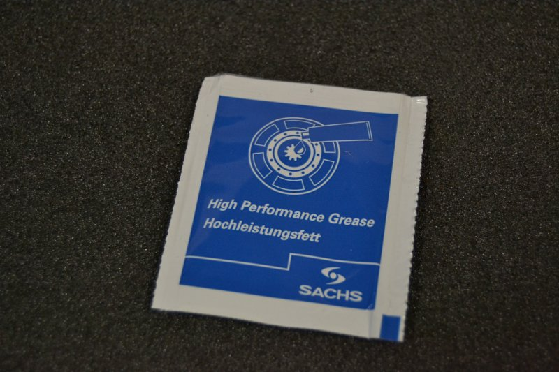 Spezial-Nabengleitfett für Kupplungsnaben  - Kleinmengenabfüllung 1 Gramm netto-
